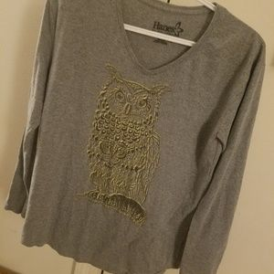 Hanes l/s grey with gold owl print shirt